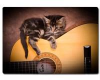 Planche à découper en verre : Chaton sur une guitare