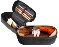 Trousse 23 cm x 9 cm : Chiot devant un violon et des partitions