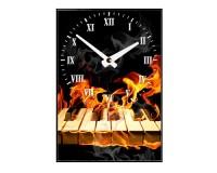 Horloge Clavier de piano en feu