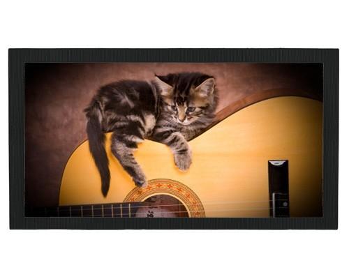Tapis de bar : Chaton sur une guitare
